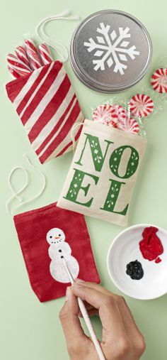 Holiday painting pinspiration from the Martha Stewart Crafts team.