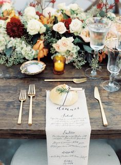 Autumn Wedding Place Setting - An Elegant & Intimate Autumn Wedding