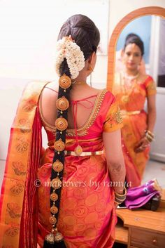 Pin by Priya Lokram on Hair in 2019 South Indian Wedding Hairstyles, Bridal Hairstyle Indian Wedding, Bridal Hair Buns, Bridal Hairdo, Indian Bridal Fashion, Best Wedding Hairstyles, Indian Hairstyles, Bridal Braids, Saree Hairstyles