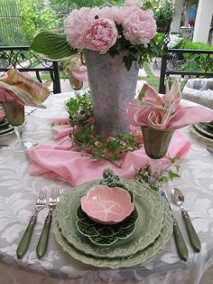 Lovely pink and green, I like this color combo. Love, love the sage green plates. Need to mix with my beautiful Mikassa set.