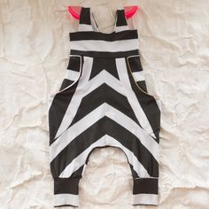 Bang Bang Play Jumpsuit by bangbang copenhagen clever piecing of striped fabric kcwc-community Little Girl Fashion, Toddler Fashion, Boy Fashion, Fashion Outfits, Cute Outfits For Kids, Stylish Kids, Kid Styles, Sewing For Kids, Kids Wear