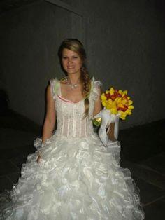 Vendo lindissímo vestido de noiva