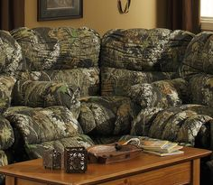 camoflauge catnapper cuddler wedge for our house! Camo Furniture, Living Room Decor Furniture, Bedroom Decor, Camo Living Rooms, Camo Bedrooms, Microfiber Sofa, Modern Recliner, Leather Recliner, Way Of Life