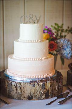 rustic wedding cake http://www.weddingchicks.com/2013/10/23/north-carolina-wedding/
