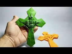 100 Origami Butterflies Origami is a superb undertaking to make use of your extra time as well as make useful … Origami Turtle, Origami Boat, Origami Dragon, Origami Butterfly, Origami Hearts, Origami Flowers, Quilled Paper Art, Paper Crafts Origami, Paper Crafts For Kids