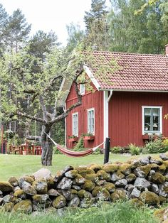 The Ultimate Swedish Cottage Painted In Falu Red Swedish Farmhouse, Swedish Cottage, Red Cottage, Cottage Homes, Cottage Style, Cottage Ideas, Summer House Interiors, Cottage Interiors, Sweden House