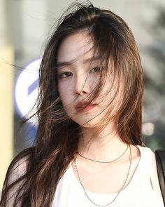 Extended Play, Modern Aprons, Son Na Eun, Apink Naeun, Grunge Girl, Asian Actors, Girl Crushes, Beautiful Asian Girls, Photo Sessions