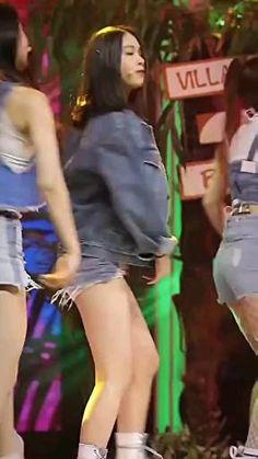 Cute Korean Girl, South Korean Girls, Kpop Girl Groups, Kpop Girls, Prety Girl, Hip Hop Dance Videos, Kpop Girl Bands, Black Pink Songs, Jungkook Fanart