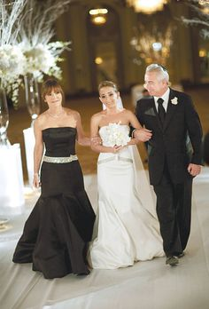 The black tie Mother of the Bride. Click through to get the look. Photo: Rick Aguilar Studios.