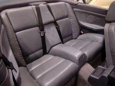 MARCA: BMW MODELO: 320i CABRIOLET - E36 CARACTERÍSTICAS: 1991 C.C., 150 CV, 6 CILINDROS, AUTOMÁTICO, AIRE ACONDICIONADO, CAPOTA DE LONA ELÉCTRICA, E/E, C/C, ESPEJOS ELÉCTRICOS, RADIO-CD CON MANDO, DIRECCIÓN ASISTIDA, LLANTAS, DOBLE AIRBAG, TAPICERÍA DE CUERO, LIBRO DE MANTENIMIENTO, NACIONAL, DOCUMENTACIÓN e ITV AL DÍA. AÑO: 1997 MÁS INFORMACIÓN EN: http://antequeraclassic.com/bmw_320_cabriolet_e36.htm
