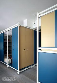 Módulos com camas compõem apartamento francês de 40 m² - Casa