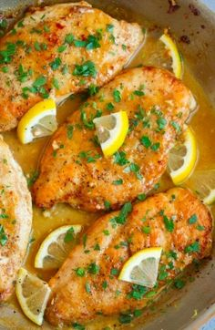 Not only does butter (or butter sauce) make chicken tastier, but it's also add more flavors to the food. And, in today's article, we're introducing 22 of the best butter chicken dishes. If you love chicken, have an appetite for it or just want to try Food Design, Nail Design, Salmon Recipes, Clean Eating Snacks, Healthy Dinner Recipes, Delicious Recipes, Healthy Recipe Videos, Tasty, Easy Meals
