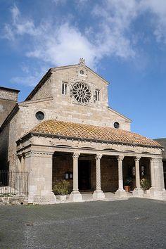Collegiata di Santa Maria Assunta in Lugnano in Teverina, Umbria, Italy... #Romanesque 11th century
