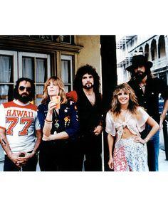 With the members of Fleetwood Mac in the mid-'70s.   - HarpersBAZAAR.com