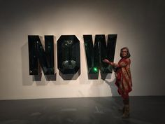 Susan Sullivan (@realssullivan)   Yes, Susan...NOW! The artful message is...If not now, when? Clear that clutter! #advice to self