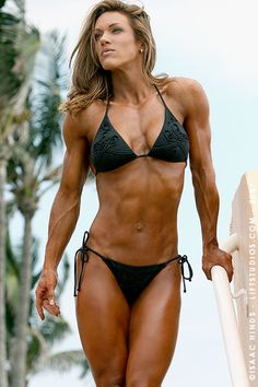Female Form, extreme fitness levels is good for some. To each there own healthy. There is a thing called to much. Bikini Fitness, Bikini Workout, Pre Workout Booster, Muscle Fitness, Fitness Tips, Fitness Motivation, Female Fitness, Extreme Fitness, Woman Fitness