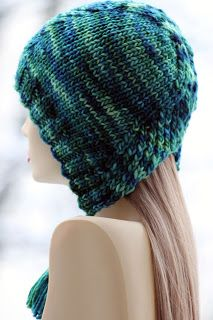 A collection of free knitting patterns, most of which are perfect for stash yarns! Knitting Patterns Free, Knit Patterns, Free Knitting, Baby Knitting, Knitting Projects, Crochet Projects, Knit Or Crochet, Crochet Hats, Knitting Accessories