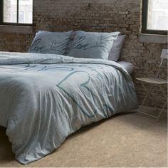 Bavlnené obliečky Vás prekvapia svojou vysokou kvalitou a modernými vzormi. Comforters, Blanket, Bed, Furniture, Home Decor, Creature Comforts, Quilts, Decoration Home, Stream Bed