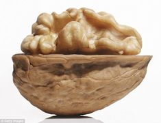 Walnuts are one of the richest dietary sources of serotonin, a chemical in your noggin that helps create calm and happiness. (Plus many other health-boosting food suggestions. Fitness Nutrition, Health And Nutrition, Health And Wellness, Group Health, Health Yoga, Holistic Nutrition, Get Healthy, Healthy Recipes, Healthy Menu