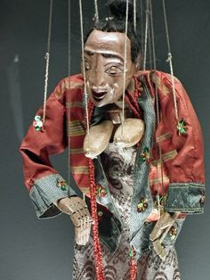 Indonesian Puppet at Museu da Marioneta (Puppet Museum), Lisboa. (Lisbon. 2011) by Gustavo Thomas, via Flickr