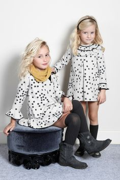 Otoño - Invierno 16/17 | Pilar Batanero Young Fashion, Tween Fashion, Little Girl Fashion, Little Girl Dresses, Toddler Dress, Baby Dress, Stylish Toddler Girl, Moda Kids, Tween Mode