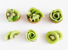 Fruit Plate, Fruit Art, Fruit Trays, Food Carving, Fruit Decorations, Edible Arrangements, Health Desserts, Edible Art, Creative Food