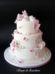 christening cake Girl - ideas for baby girl cake baptism Baby Girl Christening Cake, Baby Girl Cakes, Cake Baby, Girl Baptism Cakes, Tortas Baby Shower Niña, Gateau Baby Shower, Girl Shower Cake, Baby Shower Cakes, Baby Shower Cake For Girls