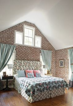 Extreme Home Makeover House - Traditional - Bedroom - by Hansen Architects, P.C.