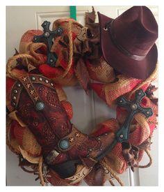 quenalbertini: Western burlap deco mesh wreath by HolidayDressings Burlap Crafts, Wreath Crafts, Diy Wreath, Wreath Ideas, Wreath Making, Diy Crafts, Western Wreaths, Country Wreaths, Deco Mesh Wreaths