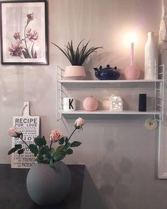 """4,586 Likes, 72 Comments - Kristin🌸🍃🌸 (@kristingronas) on Instagram: """"KITCHENDETAILS💕Ønsker dere en nydelig kveld💕#detaljer #shelf#hylle#bloomingville…"""""""
