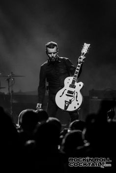 The Cult of Black White Photos, Black And White, Musicians, Concert, Beautiful, Blanco Y Negro, Recital, Festivals, Music Artists