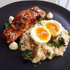 now you're just salmony that i used to know  . honey miso salmon • miso, sage n sauvblanc risotto • egg • broccolini • gouda • kewpie • fried shallots.  finally some therapeutic time in the kitchen  #gondoskitchen