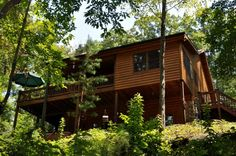 Twin Creeks-Secluded Cabin with Room to Explore and Small Creek, Minutes from Ocoee River Whitewater Rafting http://cuddleupcabinrentals.com/CabinDetailGallery.php?CabinID=5%3E