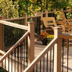 Chesterfield Cedar Decking And Railing With Aluminum