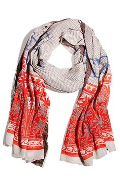 I love the dash of color at the bottom of this scarf #scarves #accessories #fashion #womensfashion