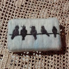 Felt soap bird felt soap pouch soap bird soap Source by SerpilAkardas The post Felt soap bird felt soap pouch soap bird soap appeared first on Soap. Felted Soap, Wet Felting, Needle Felting, Bird Crafts, Felt Crafts, Felt Birds, Needle Felted Animals, Felt Diy, Home Made Soap