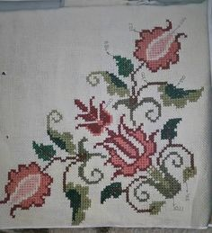 This Pin was discovered by Ayş Cross Stitch Borders, Cross Stitch Rose, Cross Stitch Alphabet, Cross Stitch Flowers, Cross Stitching, Cross Stitch Embroidery, Embroidery Patterns, Hand Embroidery, Cross Stitch Patterns
