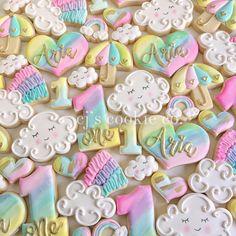 Rainbow Sugar Cookies, Iced Sugar Cookies, Sugar Cookie Frosting, Royal Icing Cookies, First Birthday Cookies, Unicorn Cookies, Iced Biscuits, Gourmet Cookies, Happy 1st Birthdays