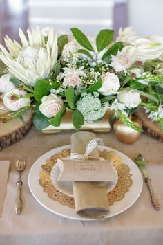 Gold and metallic | Styling and photo by Melanie Wessels Photography | 100 Layer Cake