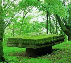 Österreich - Tisch - Karl Prantl - 1969 - what is this? It looks like a long-unused sacrificial altar. Land Art, Garden Bridge, Sculpture Art, Outdoor Structures, Landscape, Outdoor Decor, Nature, Altar, Painting