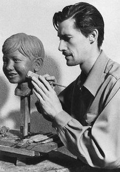 John Carradine AFI Nominee was an excellent side-line sculptor. Photo shows him putting the finishing touches on the head of his five year old son, Bruce. Old Hollywood Actors, Hollywood Celebrities, Classic Hollywood, Scary Movies, Horror Movies, Take The Fall, John Carradine, Creative Skills, Artist At Work