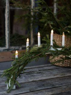 Julen hos Granit är allt annat än juligt röd - Sköna hem