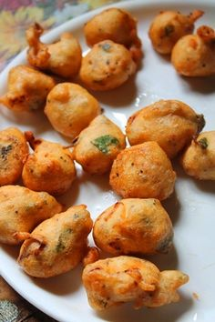 When i was watching a cooking show, i saw this recipe. I was totally impressed by that recipe and made it immediately.It turned out jus. Indian Appetizers, Indian Snacks, Indian Food Recipes, Appetizer Recipes, Tapas Recipes, East Indian Food, Indian Street Food, Savory Snacks, Yummy Snacks