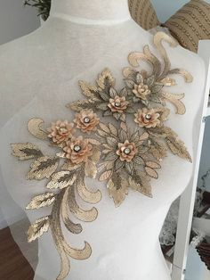 5 pieces Exquisite Rhinestone Beaded Lace Applique in Gold Pink Red , Bridal Gown Wedding Dress Applique , Embroidered Lace Zardosi Embroidery, Hand Embroidery Dress, Bead Embroidery Patterns, Couture Embroidery, Embroidery Fashion, Floral Embroidery, Beaded Embroidery, Embroidery Designs, Embroidery Store