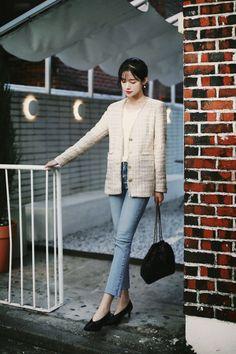 Fashion 101, Korean Fashion, Instyle Magazine, Cosmopolitan Magazine, Inverted Triangle Fashion, Korean Casual Outfits, Chinese Actress, Korean Actresses, Girls Generation