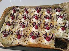 Kirsch - Eierlikör - Blechkuchen mit Schmand - Sahne 1