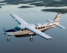 my dream plane a Cessna grand caravan Small Private Jets, Cessna Caravan, Cessna Aircraft, Low Cost Flights, Flying Drones, Grand Caravan, What Is Like, My Dream, Transportation