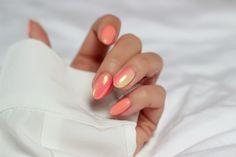 Kosmetyczna Hedonistka Blog: Beauty | Lifestyle: SOCZYSTY MANICURE NA LATO: EFEKT SYRENKI NA PAZNOKCIACH. SYRENI PYŁEK INDIGO I GRADIENT SEMILAC KROK PO KROKU. MERMAID/SIREN NAILS.