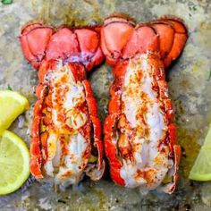 This 10 Minute Perfect Broiled Lobster Tails Recipe is the quickest, tastiest, and easiest way to cook lobster tails - get perfect oven broiled lobster tails every time! Lobster Tail Oven, Easy Lobster Tail Recipe, Baked Lobster Tails, Cooking Frozen Lobster Tails, Broiled Lobster Tails Recipe, Grilled Lobster, Lobster Recipes, Fish Recipes, Seafood Recipes