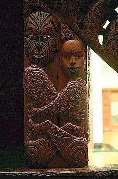 artifacts and carvings of the Maori of New Zealand Haka New Zealand, Cultural Pictures, Maori Tribe, Polynesian People, Tiki Tattoo, Maori Patterns, Maori Art, Kiwiana, Carving
